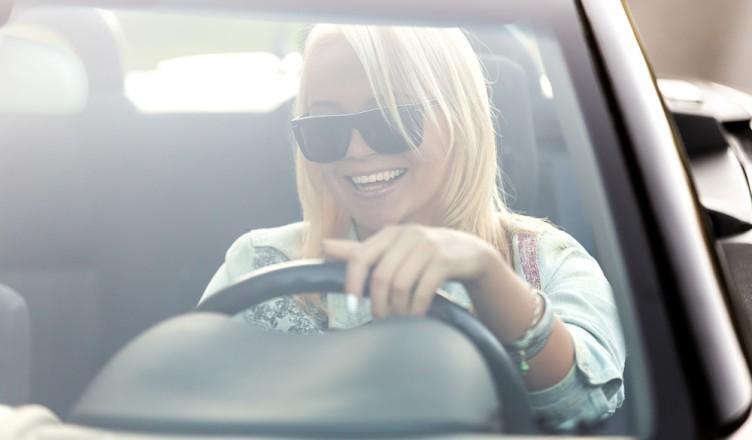 autoverzekering, autoverzekering voor jongeren, leeftijdsdiscriminatie, verzekeringsfraude, autoverzekering jeugd, betaalbare autoverzekering, jongerenverzekering